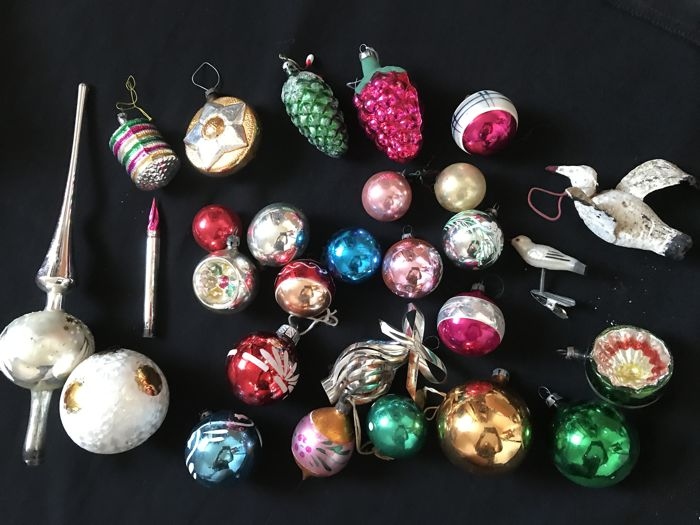 27 very old blown glass Christmas balls - Meisenthal, Lauscha