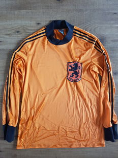 Unique Dutch team shirt from the 70s