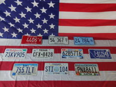 Nice set of 10 American license plates - 4406TV - 54367ST - 24784H - 7SKV905 - CFX8428 - 62B57T6 - 701254B - 755TLT - STI104 - PNA8611