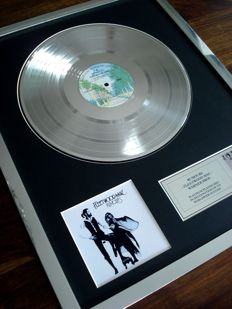 Fleetwood Mac Rumours Platinum Plated Disc Record LP Album Award