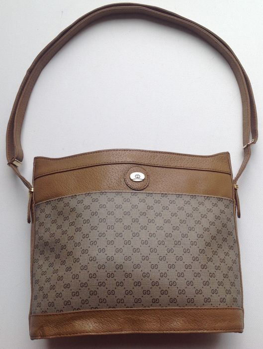 67e63207981d15 Gucci - shoulder bag - vintage 1970s in exceptionally good condition ...