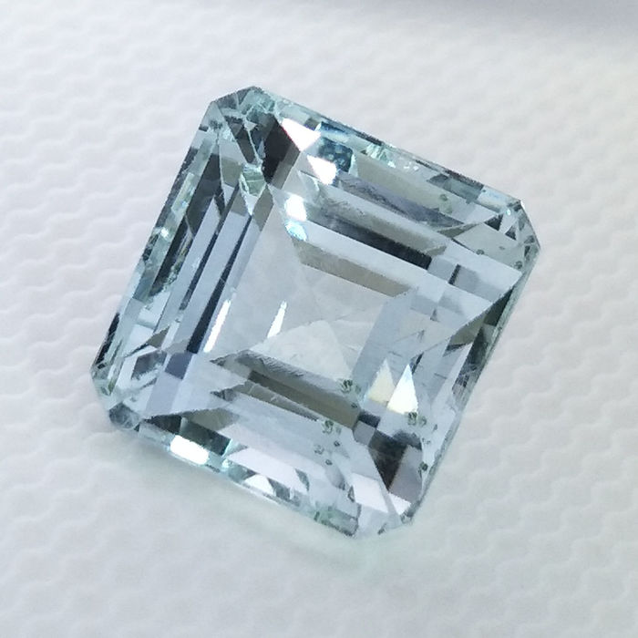 Aquamarine -4.11 ct