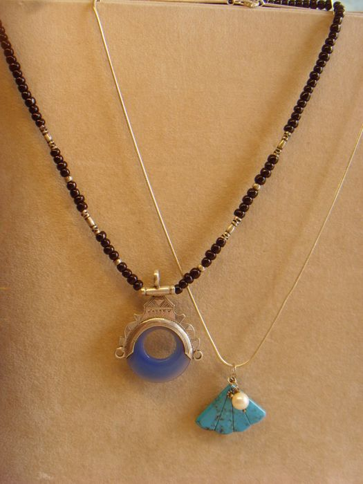 Lot of 2 - TUAREG necklace - Morocco - Blue Agate - Silver tested as grade 925/835 + Pendant, Egyptian Turquoise, Akoya pearl, snake link necklace, 925. Circa 1950–1960