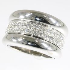 Chopard - Signed 18 kt white gold diamond ring, good as new - ca. 1980 - Ring size: EU-53 & 17 , USA-6¼, UK-M