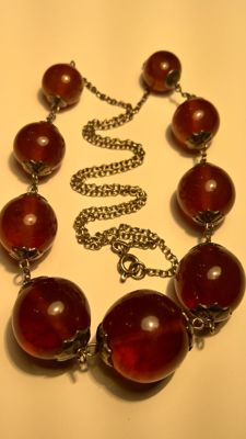 Silver vintage necklace with Amber beads.