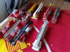 Corgi/Solido - Scale 1/50 - Lot with 9 Fire trucks, Ladder trucks and aerial platforms