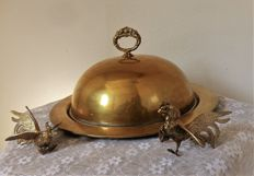 Large serving dish with lid for wild and poultry
