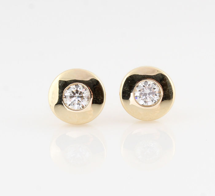 "14kt diamond earrings total approx. 0.29ct / 2.00gr / G-H  VS1-VS2 / measurements : 14 x 7 x 7 mm / "" new'"
