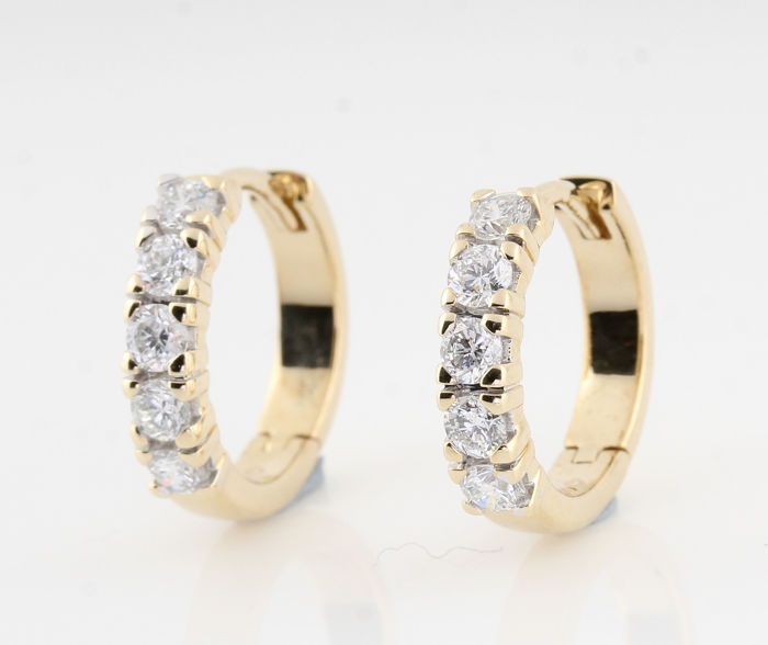 "MAART------14kt diamond earrings total approx. 0.81ct / 4.80gr / G-H  VS-SI/ measurements : 16 x 15 x 3.5 mm / "" NEW'"