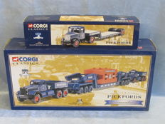 Corgi - Scale 1/50 - Lot with xx models: 'Pickfords' Scammell & Diamond T