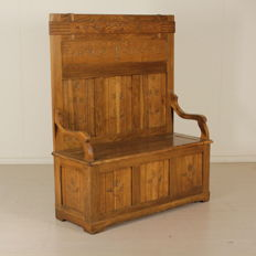 "Elegant ""cassapanca"" (chest) with a high backrest - Italy - early 20th century"