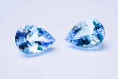 Sky blue topaz pair - 29.12 ct total