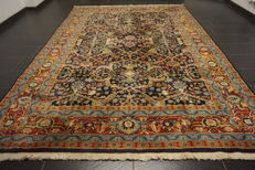 Oriental carpet, Indo Tabriz, made in India at the end of the 20th century, 240 x 350 cm