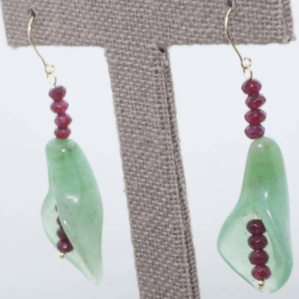 18 kt gold - Jade earrings - Faceted ruby