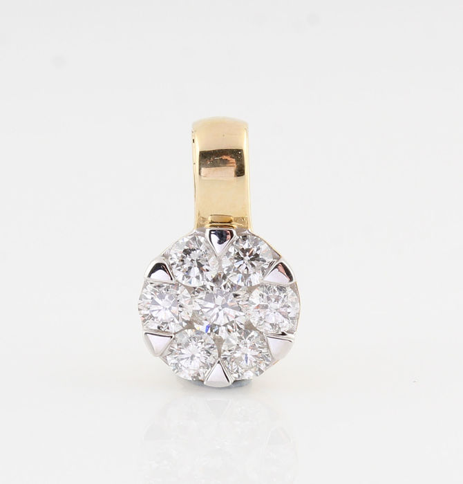 14kt diamond pendant pendant total 0.55ct. / G-H - VVS2-VS2 / 0.80gr / 13 x 8 x 4 mm.