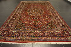 Old hand-knotted Art Nouveau Persian Palace carpet Mashhad signed 190 x 290cm. Made in Iran.