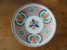 Porcelain plate - Japan - First half of the 19th century