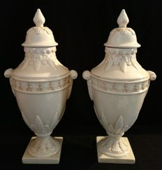 Pair of Ceramic Vases with Lid, Vecchia Bassano