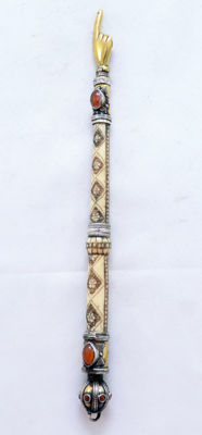 A bone and silver Yad Torah Pointer - embellished with Agate gemstones - Turkemenistan - circa 1920