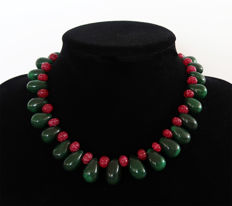 Emerald and ruby necklace - 14 kt gold – 650 ct – 41 cm