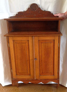 Walnut hanging cabinet - Netherlands - ca 1900