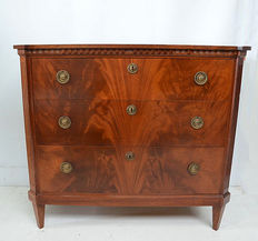 Louis Seize style mahogany chest of drawers, Holland, ca. 1920