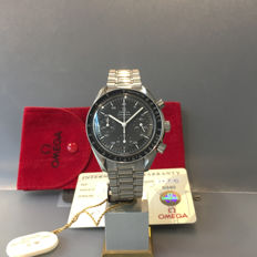 Men's Omega Speedmaster Chronograph Reference: 3510.5000