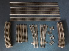 Spoor 1 - Märklin - 30-piece package with rails and points
