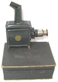 Ernest Plank, Germany - Size: 29 cm - Magic lantern, from the end of the 19th century - With the original box