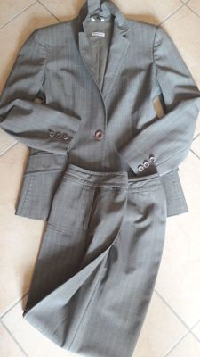 Max and Co. (Max Mara) - business trouser suit
