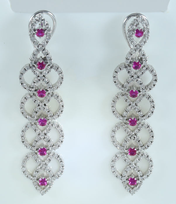 IGI Certified 14K White Gold Long Chandelier Diamond and Ruby earrings- 31.60 g - 4.77 ct. diamonds and 2.98 ct. Rubies