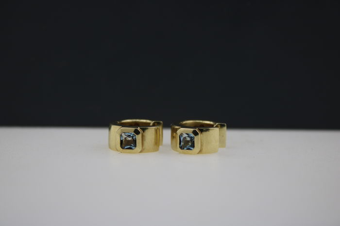 Creole earrings 585 yellow gold with aquamarine, diameter 15 mm