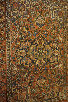 Authentic beautiful old hand-knotted Persian BAKHTIAR carpet, Bakhtiari, plant colours, made in Iran, 150 x 210 cm