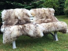 Pair of singe-tipped, extra large sheep skins - Ovis aries - 140 x 85 cm  (2)