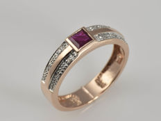 14 kt gold ring with ruby and diamonds. Size: 56 (ø 18 mm) No reserve price