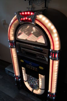 Jukebox Marquant for 100 CDs, model 9898 with LED lighting and remote control