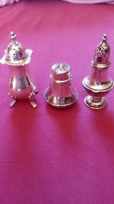 Lot of 3 salt and pepper shakers, various years, Birmingham silver