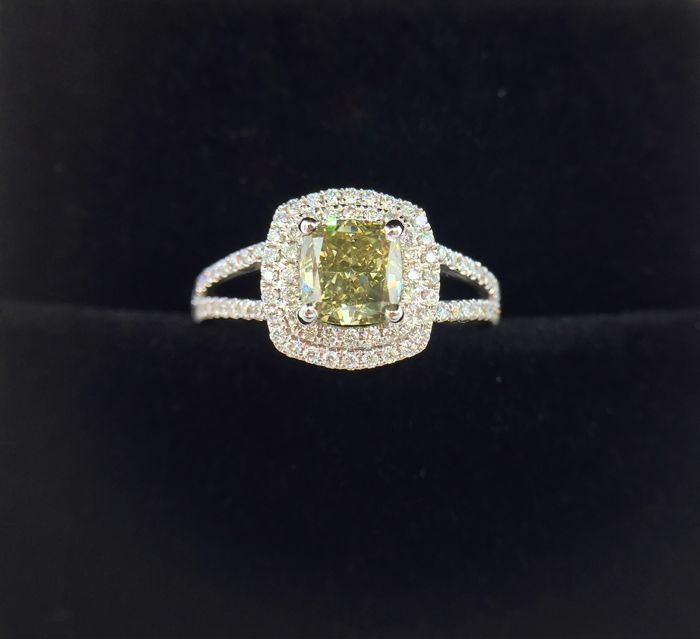 White gold Diamond Ring - 1.11 ct - Natural Fancy Vivid Yellow