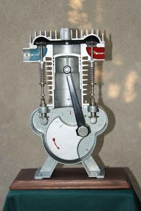 Cut-away demonstration model of a two-stroke combustion engine - second half of the 20th century