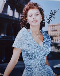 Sophia/Sofia Loren Stunning Italian Actress and Sex Symbol Signed/ Autographed Photo with Certificate of Authenticity