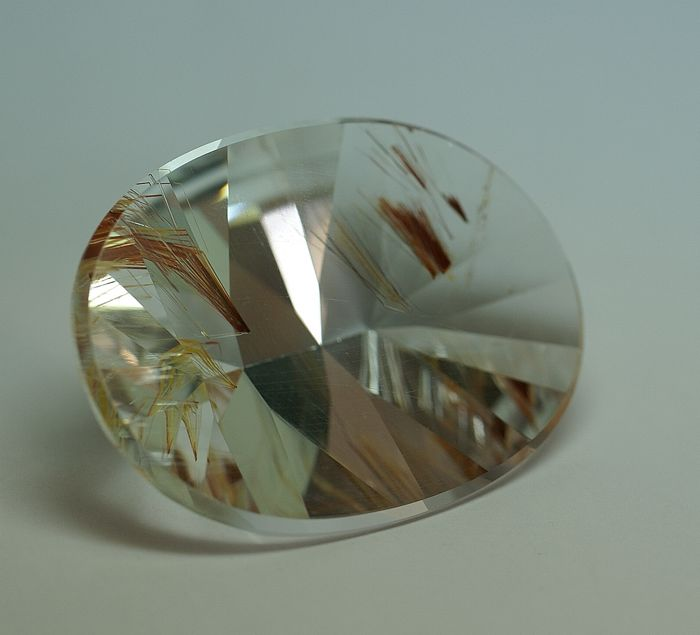 Topas - colourless with Hematite - 160.21 ct