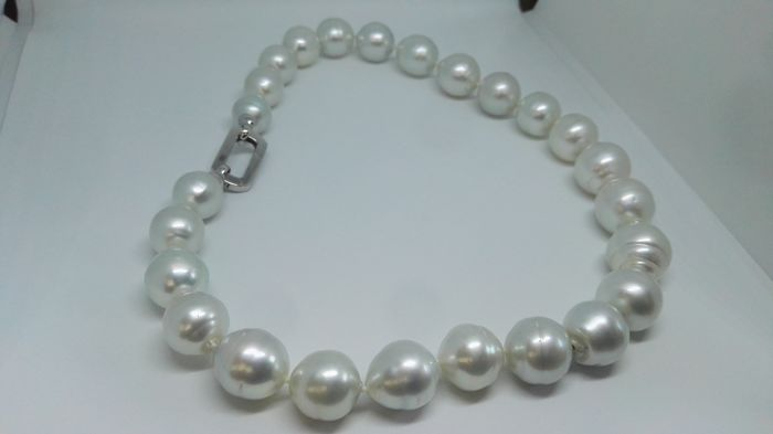 Large size Necklace Australian Pearls 13.17 mm