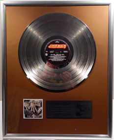 "Bon Jovi - Keep the Faith - 12"" Mercury Record platinum plated record by WWA Awards"