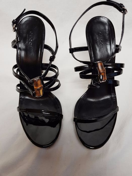 7d18864c8b0 Gucci - Patent Leather Sandals - Catawiki