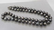 Necklace Tahiti Pearls extra long 90 cm  925 silver clasp.