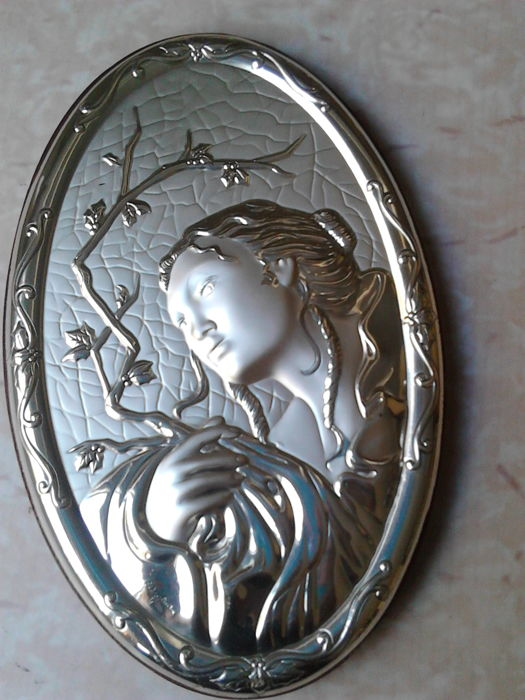 Icon depicting a Japanese woman during Christmas in 825 silver - Catawiki