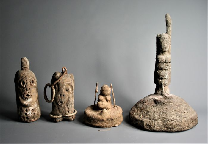 Five shrine objects - Dogon - Mali