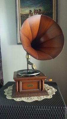 Rare and antique, Pathé la voix de son maitre, phonograph gramophone with rotating head, marquetry horn, François Désiré ODOBEZ