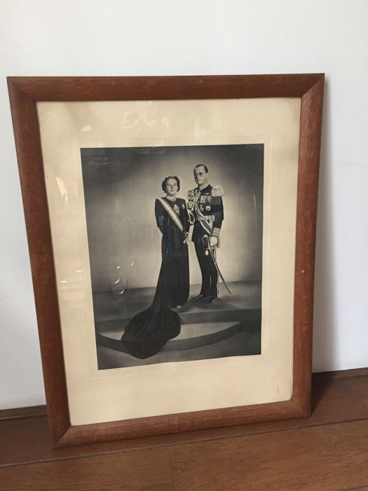 Formal portrait of Queen Juliana and Prince Bernhard - 1948