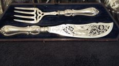 Martin & Naylor - Fargate, Sheffield - 1849-1854 fish set silver plated made in england.